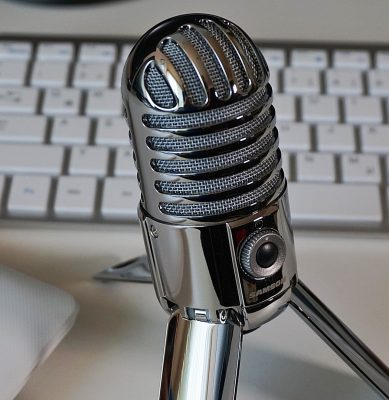20 Podcasts to Inspire Your Daily Creativity